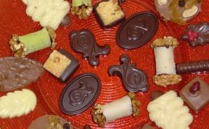 belgian-chocolate-bonbons-yummy-1324592-1279x788