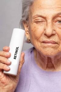 Retinol deluje proti znakom staranja m